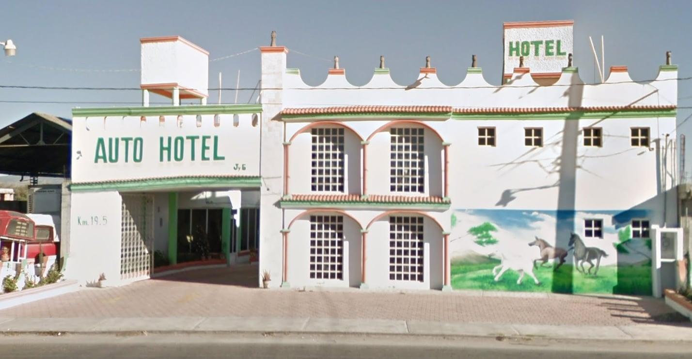 AUTO HOTEL LOS CABALLOS